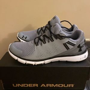 Under Armour Micro G Limitless